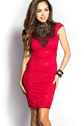 Rdeča obleka Piper